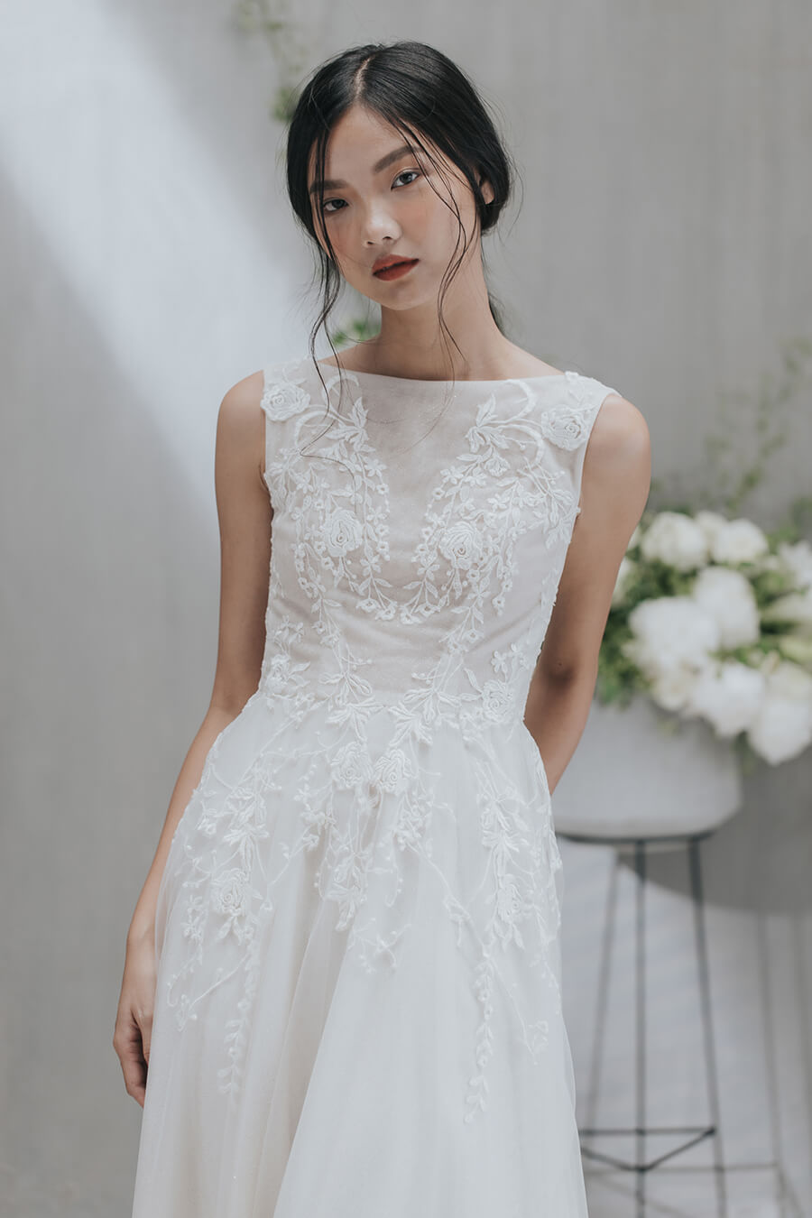 NW-049 _ Ivory lace sparkling dress